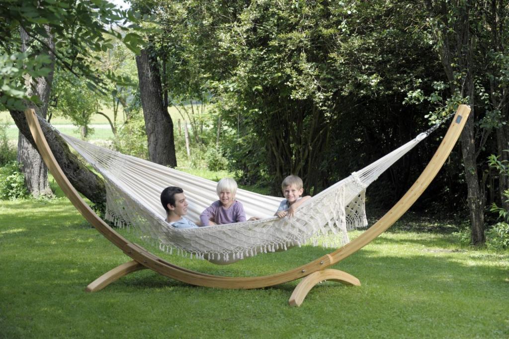 Hangmat Op Staander.Arcus Hangmat Standaard Van Lariks Hout Hoog Hangmatten